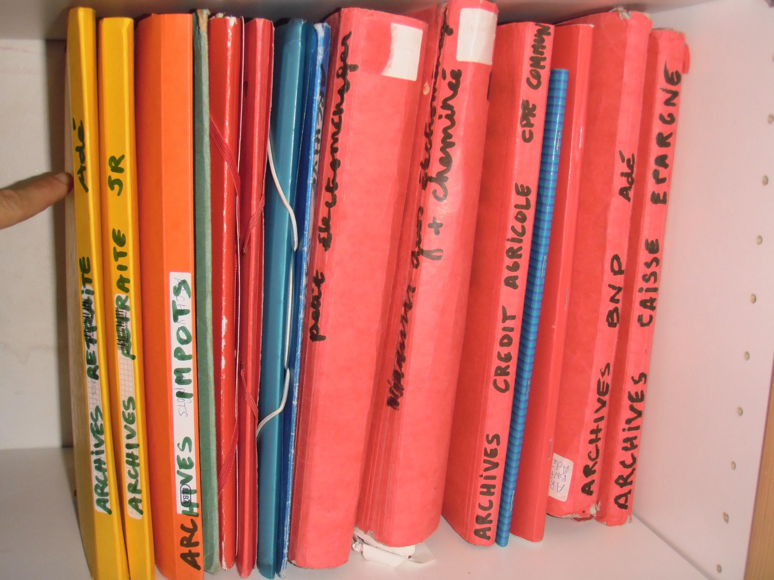 rangement papier administratif maison | champagneandbeyond1
