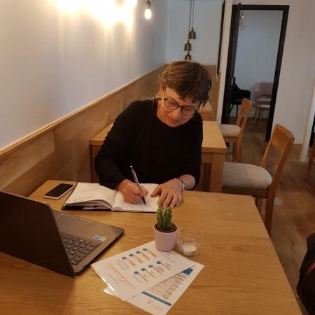 Vous pouvez aussi faire traiter vos papiers administratifs au CaféZen